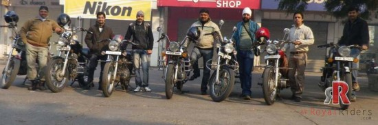Embarking Beginning of MP Dec 2012 Ride by Royal Riders