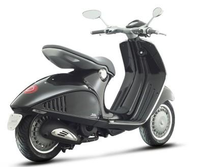 Piaggio Black 946 Scooter