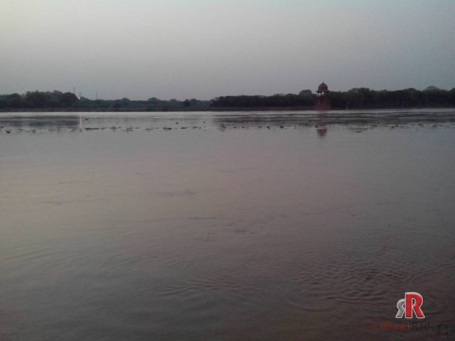 agra-21-june-dashera-ghat-yamuna019