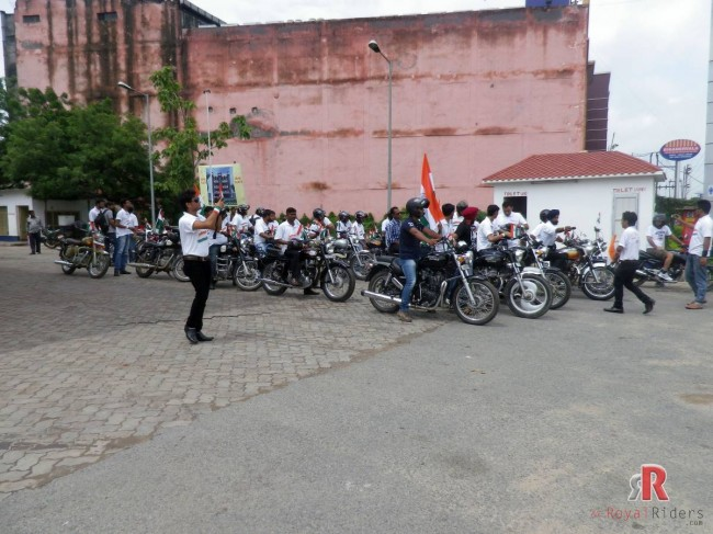 Riders waiting for some Riders at petrol pump near Bhagwaan Talkies Agra