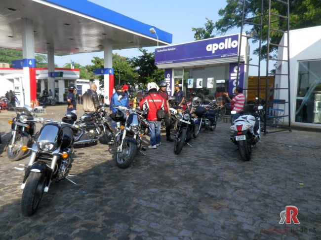"Here Royal Rider's met the ""The Gentlemen Motorcycle Group of Agra"" near kuberpur petrol pump."