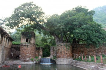 This water stream flows throughout the Bhangarh Ancient Town.