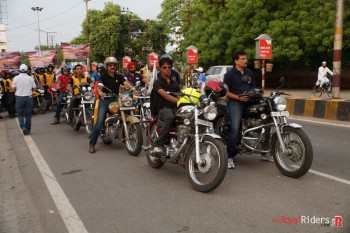 Just about to commence the ride for spreading road safety awareness.