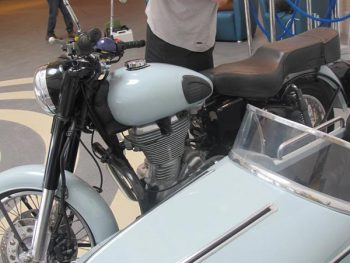 Royal Enfiled 500 with sidecar from  Watsonian Squire