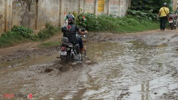 Water clogged roads near Jamalnagar Bhains - usual site in remote areas.